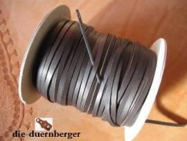 Flechtriemen / Lederband 3mm braun / 5m <--Flechtband//--> - Bild vergrößern