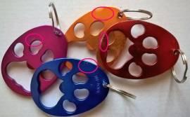 2. Wahl Schlüsselanhänger/Flaschenöffner Pfote  - Bild vergrößern