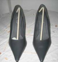 Pumps Spitz Stiletto Grau